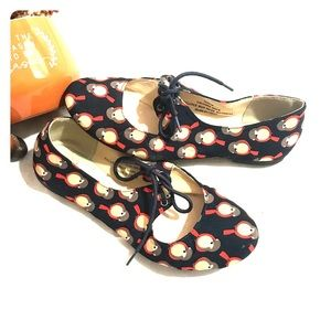 Restricted bird print tie ballet flats size 6